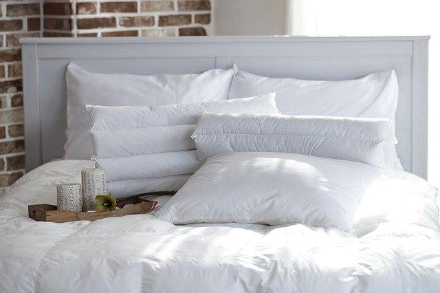 枕の高さ、風水