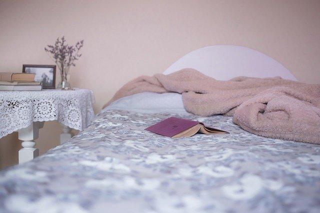 ベッド、風水